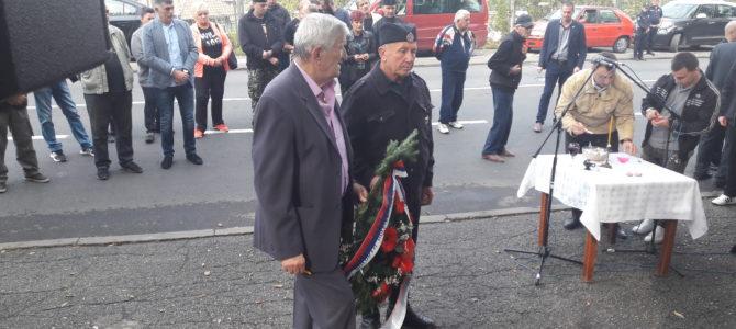Полагање венаца на споменик жртвама комунистичког терора – Крагујевац 20.10.2018. године